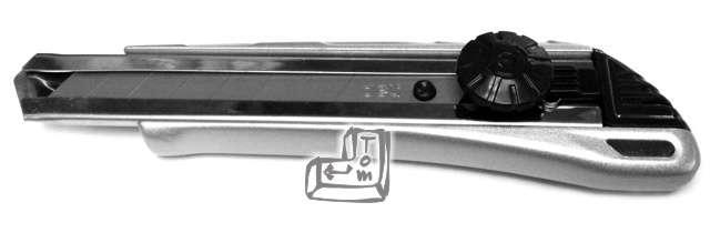 Nóż Do tapet aluminiowy srebrny DELI 18mm