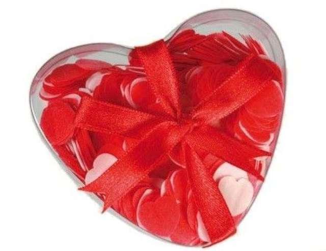 Miłosne konfetti do kąpieli