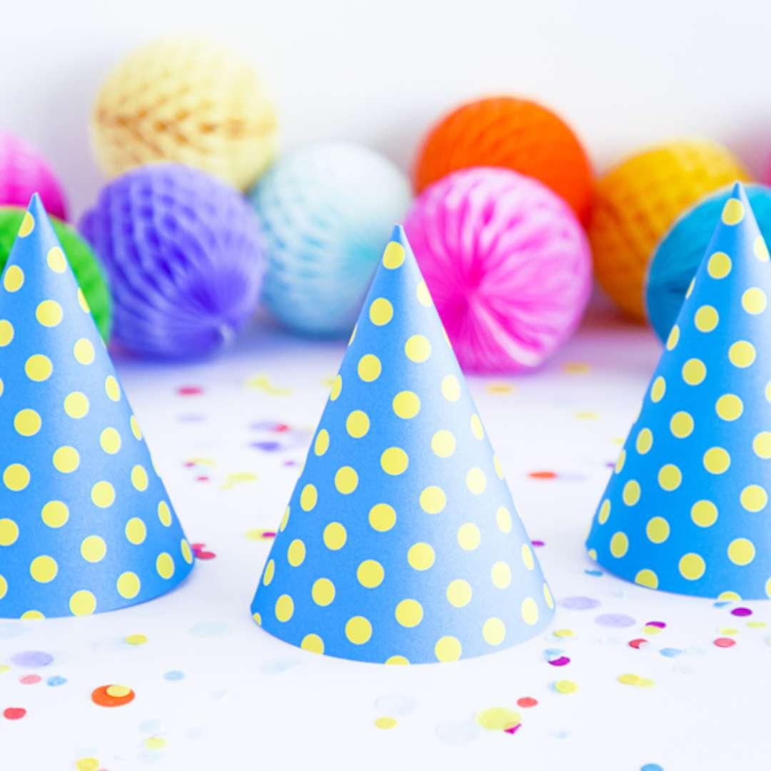 Czapeczki Kropeczki żółte niebieskie PartyDeco 16 cm 6 szt