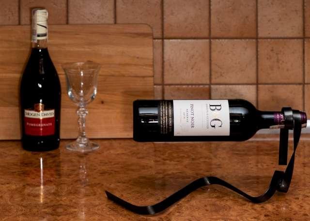_xx_Stojak na wino WSTĄŻKA - CZARNA