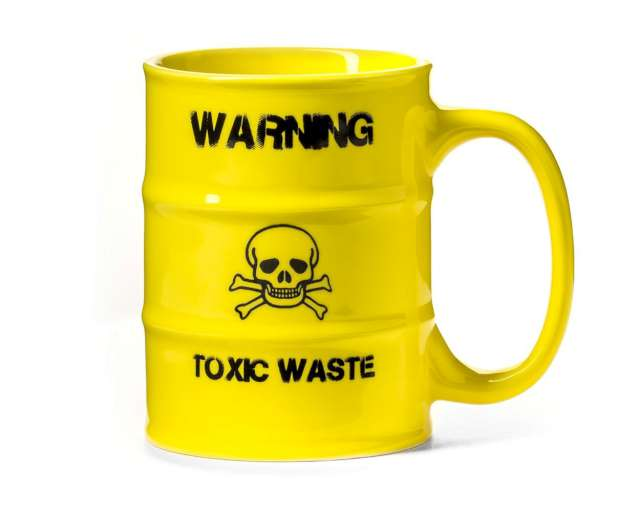 """Kubek """"Toxic Waste - Radioaktywna Beczka"""", żółty, GadgetMaster, 0,5 l"""