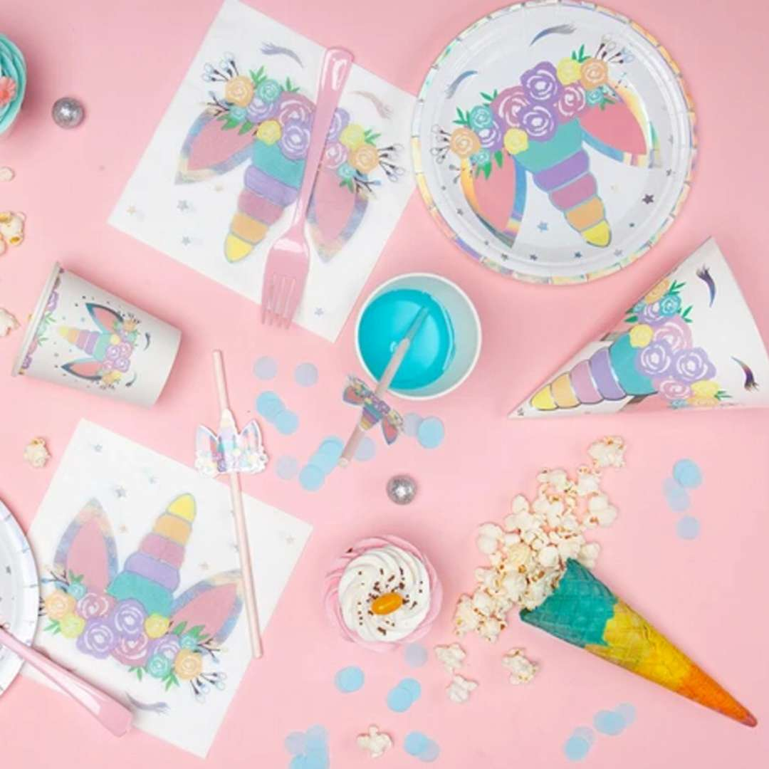 Czapeczki papierowe Unicorn - Jednorożec PartyPal 6 szt